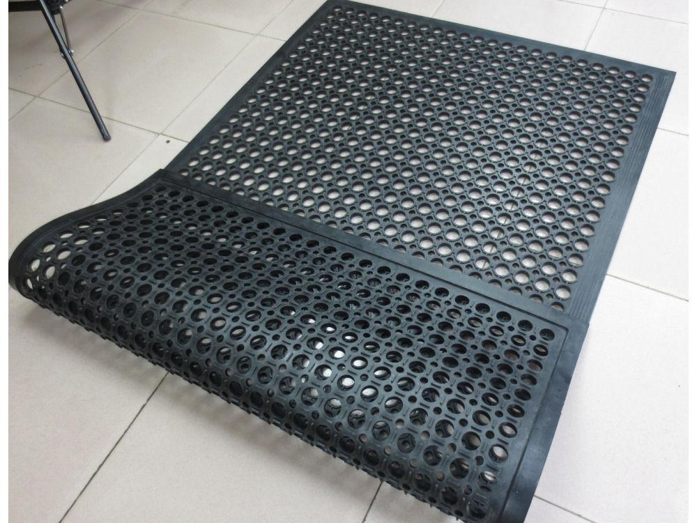 穴アキゴムマット 200×120×1.2cm
