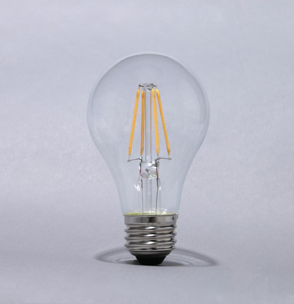 LED フィラメント電球E26 60形電球色クリア
