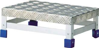 TRUSCO ステップ アルミ製・縞板タイプ 600X400XH150_