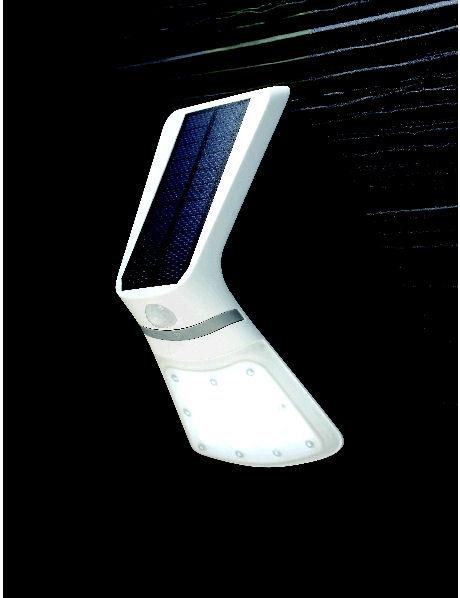 ソーラーセンサーウォールライト 240LM SRP