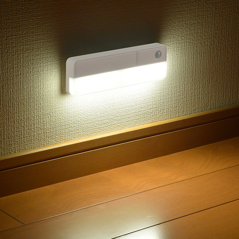 オーム電機 LEDナイトライト BLA6JRC-W